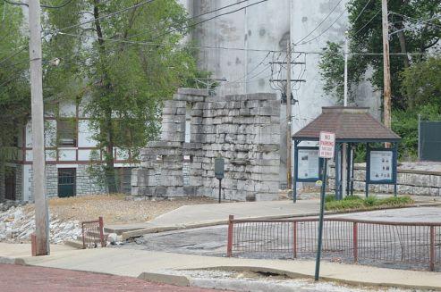 800px-Alton_Military_Prison_remains