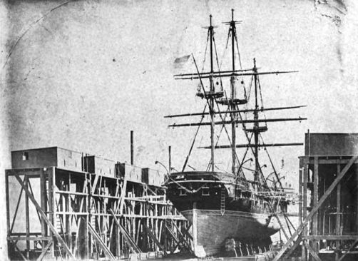 640px-USS_St._Mary's_(1844)_in_drydock_at_Mare_Island